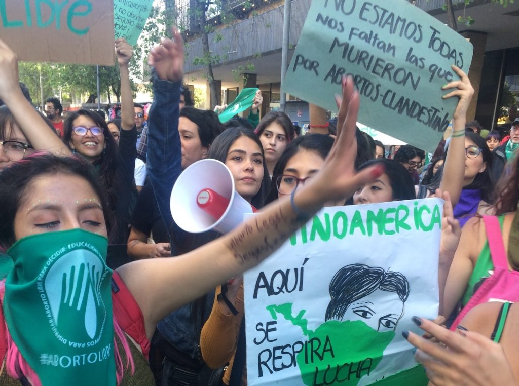Pro choice protestesters in Ecuador, August 2018